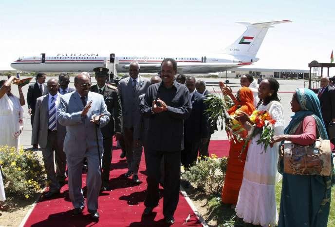 Le président de l'Erythrée, Issayas Afewerki (à droite), recevait son homologue soudanais, Omar Al-Bachir, le 23 mars 2009.