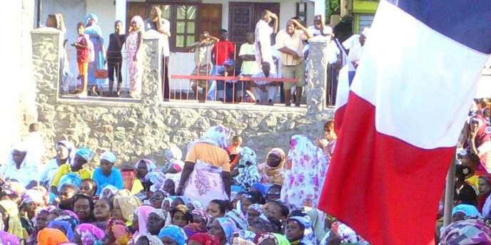 Un meeting pour la départementalisation à Mayotte, le 22 mars 2009.