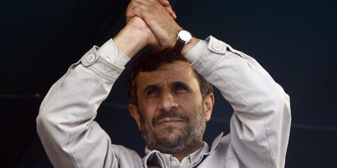 Le président iranien Mahmoud Ahmadinejad, en avril à Isfahan, au sud de Téhéran.