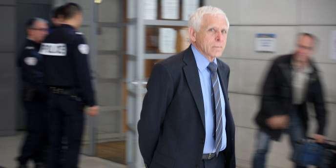 Christian Iacono, qui clame son innocence, a été condamné pour des viols répétés sur son petit-fils, entre 1996 et 1999, lorsque l'enfant était âgé de 5 à 8 ans.