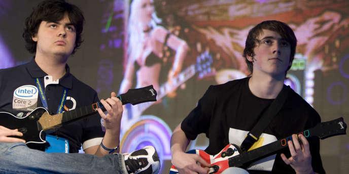 Le succès fulgurant des jeux musicaux n'aura duré que quelques années, comme en témoigne la fin de la série Guitar Hero.