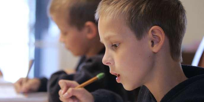 Depuis septembre 2012 les élèves de Seins-saint-Denis ont perdu de nombreuses journée de classe faute de remplaçants des enseignants absents.