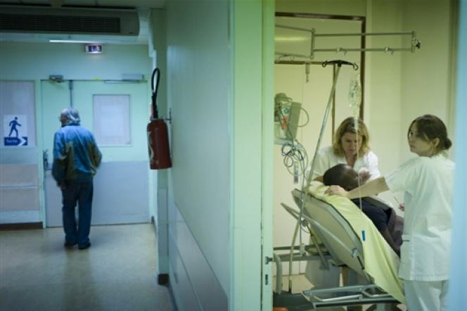 C'est dans la fonction publique hospitalière que l'absentéisme paraît le plus élevé, selon la Cour des comptes.