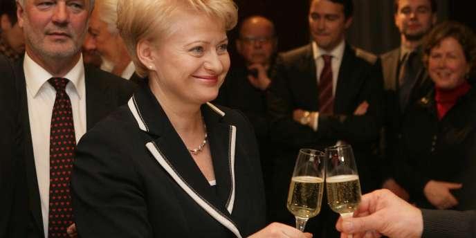 Dalia Grybauskaite, première femme élue à la tête de la Lituanie, le 18 mai.