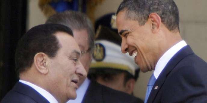 Le président américain, Barack Obama, accueilli, le 4 juin 2009, au Caire, par son homologue égyptien, Hosni Moubarak.