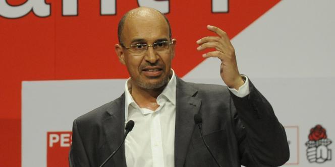 Harlem Désir, numéro 2 du PS, était candidat du PS en Ile-de-France pour les élections européennes. Photo prise lors d'un meeting à Paris, le 13 mai 2009.