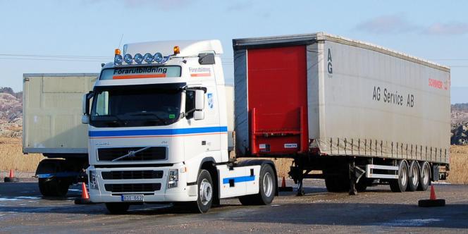 Un camion Volvo.