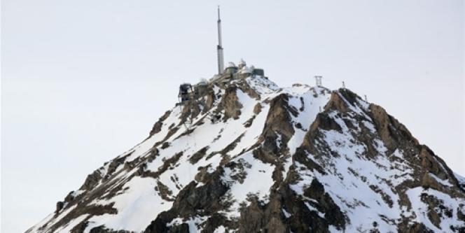 Vue de l'Observatoire du Pic du Midi dans les Pyrénées.