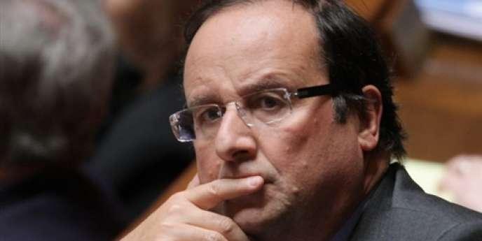 François Hollande, député de Corrèze et président du conseil général du département.