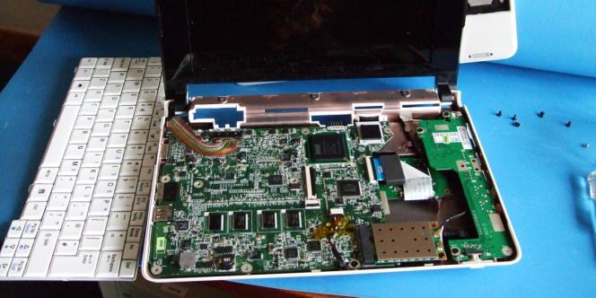 Le FBI estime que jusqu'à 568 000 ordinateurs ont été infectés par un logiciel installé par les pirates dont le réseau a été démantelé en novembre 2011.