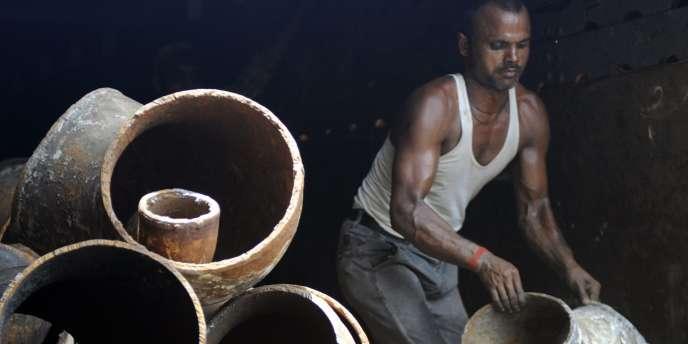 En Inde, l'économie souterraine ne cesse de gonfler.