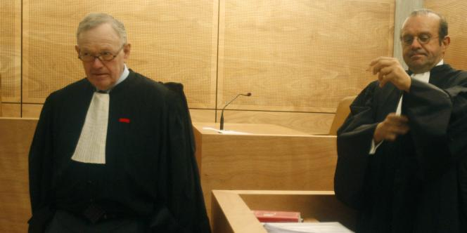 Me Hervé Temime (à droite), l'avocat du photographe Francois-Marie Banier, et Me Olivier Metzner (à gauche), l'avocat de Mme Meyers-Bettencourt.