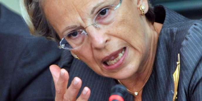 Après avoir suscité la polémique en proposant, le 11 janvier, le savoir-faire français à la police tunisienne pour
