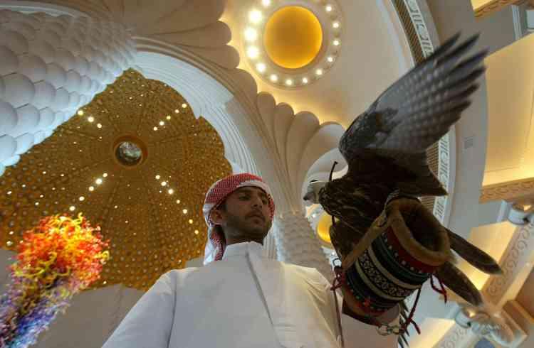 """L'Atlantis, qui compte 1 539 chambres est déjà devenu une attraction pour les touristes, au même titre que le célèbre """"Burj Al-Arab"""", le seul """"7 étoiles"""" du monde."""