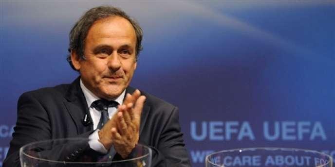 Le président de l'UEFA Michel Platini lors du tirage au sort de la Ligue Europa 2009 à Nyon.