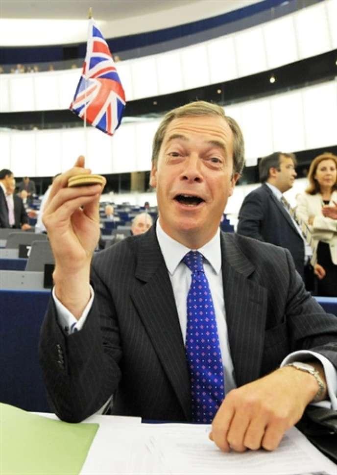 Nigel Farage, fondateur du Parti de l'indépendance du Royaume-Uni (UKIP), lors d'une séance du Parlement européen, à Strasbourg, le 15 juillet 2009.
