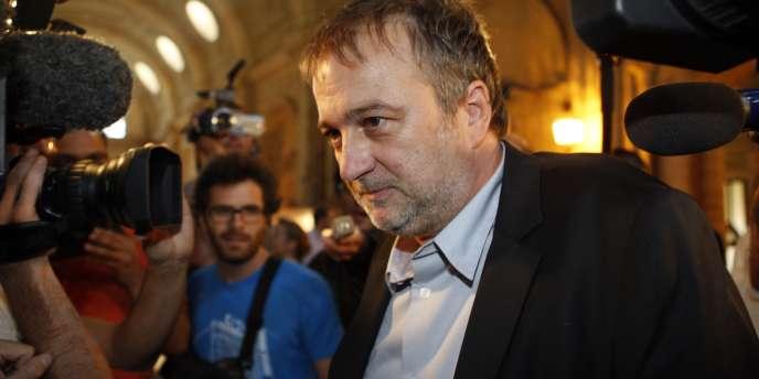 Le journaliste écrivain Denis Robert lors de son arrivée au procès Clearstream à Paris, le 22 septembre 2009.