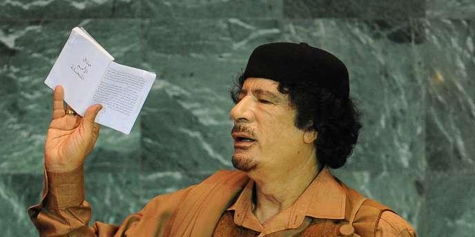 Mouammar Kadhafi dans l'enceinte de l'ONU, en septembre 2009.