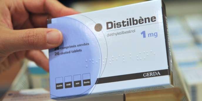 Le Distilbène est un médicament prescrit aux femmes enceintes en France entre 1948 et 1977 pour empêcher les fausses couches.