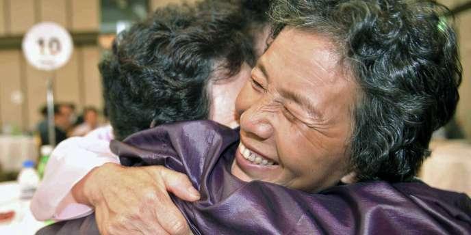 Une famille coréenne réunie dans les