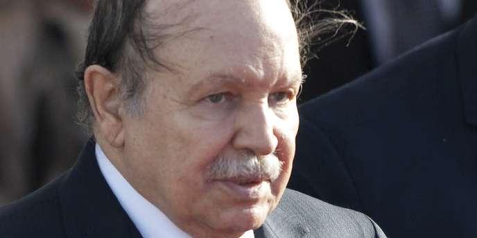 Le président algérien Abdelaziz Bouteflika est à l'hôpital du Val-de-Grâce, à Paris, pour un contrôle de routine.
