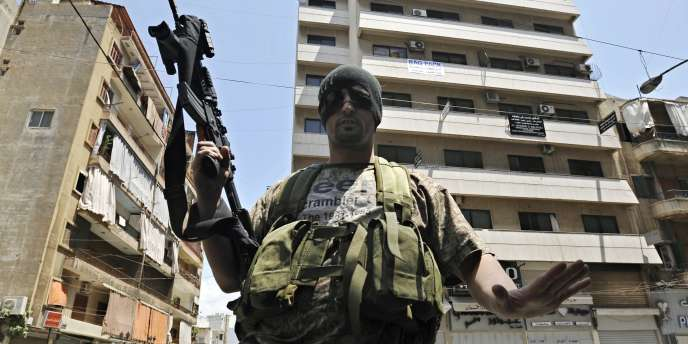 Le Hezbollah cherche à rapatrier au Liban ses armes cachées dans des dépôts en Syrie avant que le régime baasiste tombe.