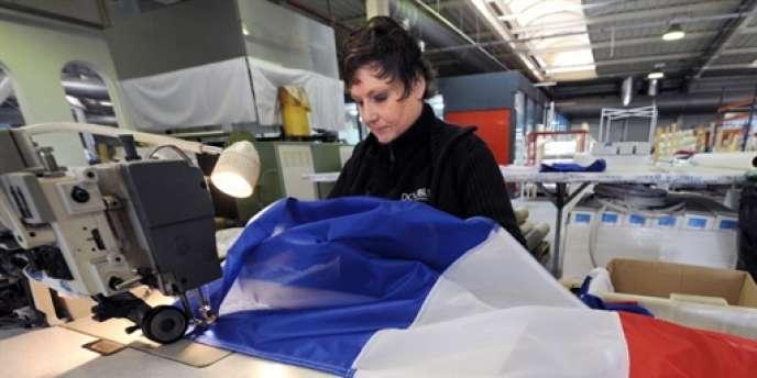 S'il employait plus d'un million de salariés sur le territoire national au début des années 1980, ce secteur du textile n'en totalisait plus que 103 000 fin 2010, selon les chiffres les plus récents de l'Insee.