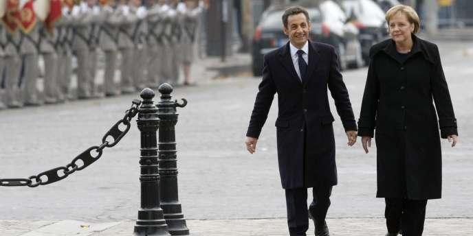 Cérémonie du 11 novembre 2009. Nicolas Sarkozy accueillait la chancelière allemande, Angela Merkel, à Paris.