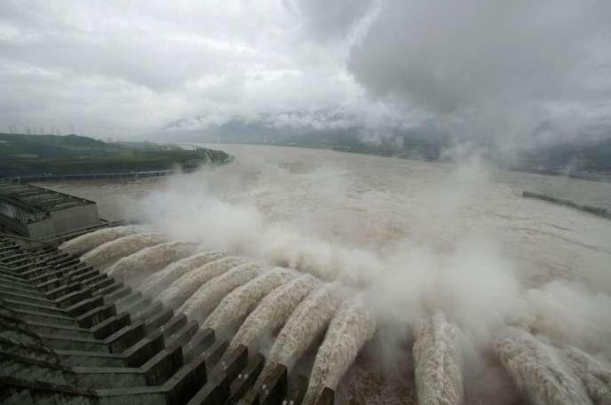 Les émissions de gaz carbonique de la Chine progressent moins qu'avant : + 3,5 % en 2012 contre +9 % en 2011. Le pays a fait de gros efforts d'efficacité énergétique. Ici, le barrage des Trois-Gorges sur le fleuve Yangtsé.