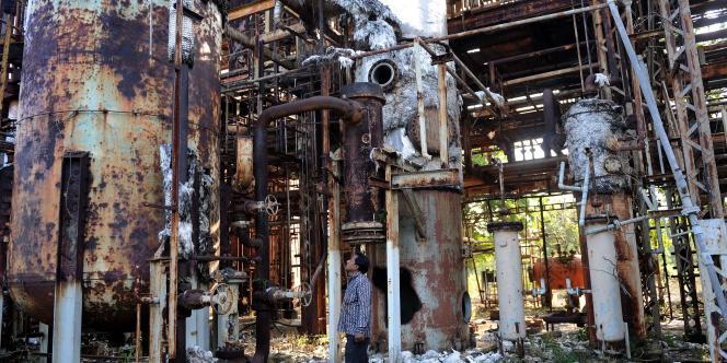 L'accident, le pire dans l'histoire industrielle mondiale, a fait les trois premiers jours entre 8 000 et 10 000 morts parmi la population de cette ville du centre de l'Inde, selon le Centre public de recherche médicale (ICMR). Les chiffres officiels évoquent 3 500 morts.