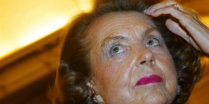 Liliane Bettencourt a porté plainte pour atteinte à la vie privée contre cinq journalistes et son majordome, en 2010.