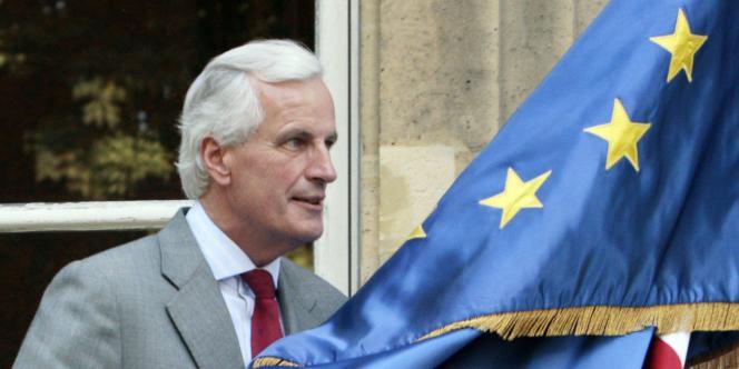 Le décret Montebourg va être étudié « attentivement et objectivement » pour vérifier sa conformité avec le droit européen, a annoncé Michel Barnier, commissaire européen.