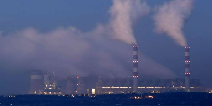 La centrale de Belchatow, en Pologne, premier émetteur européen de CO2.