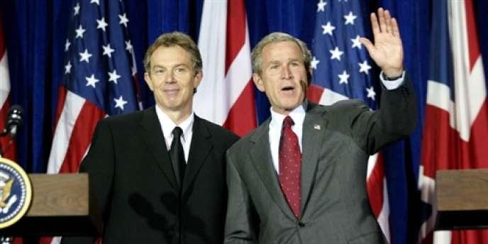 Le 6 avril 2002 à Crawford au Texas, Tony Blair et George Bush annonçaient leur position commune sur la guerre en Irak.
