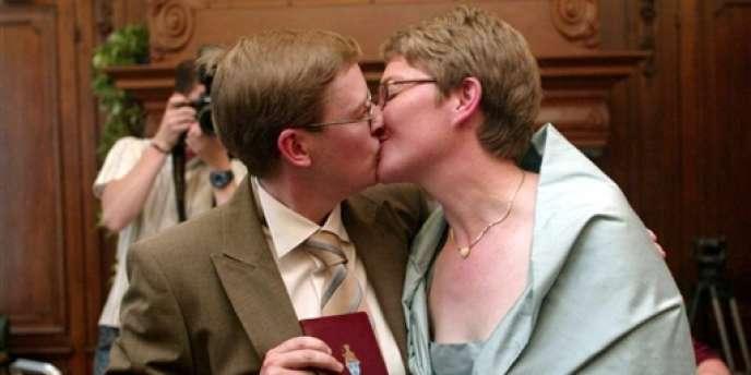 Couple lesbien à Kapellen, en Belgique.
