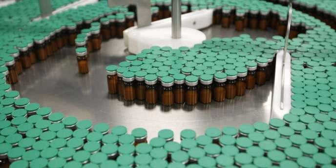 Le laboratoire va annoncer jeudi de 1 000 à 2 000 suppressions d'emploi selon