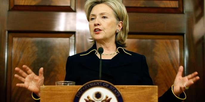La secrétaire d'Etat américaine Hillary Clinton a fait de la liberté d'expression sur Internet l'un des axes de la diplomatie américaine. Sans appliquer ces principes aux Etats-Unis, juge la Chine.