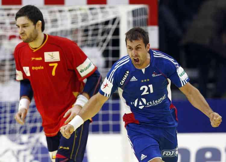 Michaël Guigou face à l'Espagne 2010.