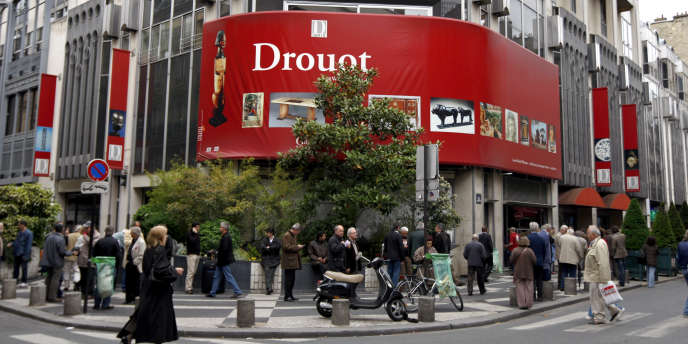 L'Hôtel Drouot avait déjà interdit à l'UCVH de prendre des ordres et d'enchérir pour des acheteurs.