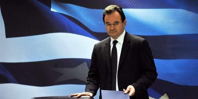 Le ministre des finances grec, Georges Papaconstantinou, s'est félicité des évaluations positives de la communauté internationale.