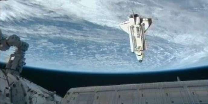 La NASA a comptabilisé 22 000 débris spatiaux et estime à des millions le nombre de ceux trop petits pour être enregistrés.