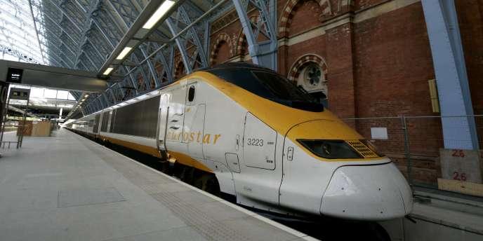 Un Eurostar à la gare Saint-Pancras à Londres, en2010.