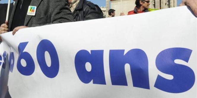 Le 1er novembre 2012, le décret élargissant les possibilités de départ à la retraite à partir de 60 ans est entré en application.
