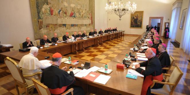 Selon le directeur d'Amnesty Irlande, les abus perpétrés par certains prêtres entrent dans le