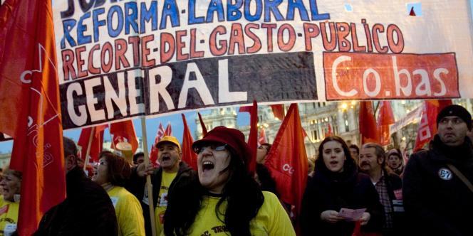 Une manifestation contre la réforme des retraites à Madrid (Espagne), le 23 février.
