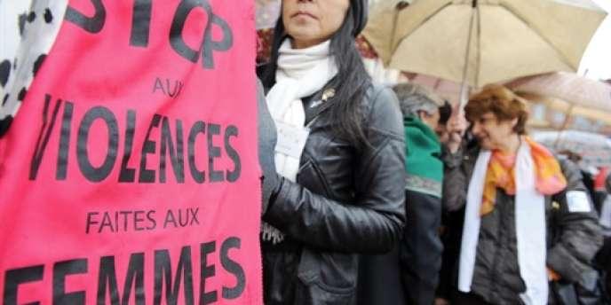 Manifestation le 25 novembre 2008 à Toulouse pour dénoncer les violences faites aux femmes.