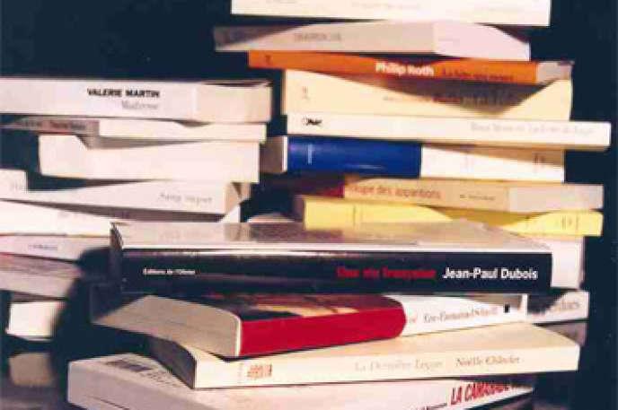 La place que doit occuper la littérature dans l'enseignement secondaire ainsi qu'à l'université pose question.