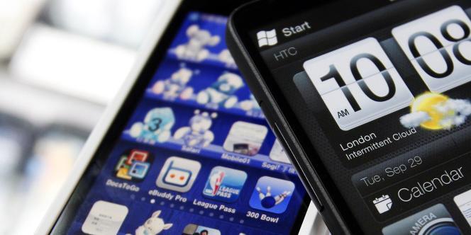 Vingt pour cent des Français et 22 % des Britanniques déclarent ne pas pouvoir se défaire de leur smartphone dans leur chambre à coucher.