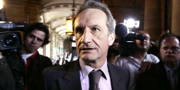 Gérard Longuet, en mars 2005, au Palais de justice de Paris.