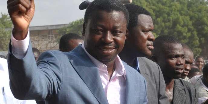 Faure Gnassingbé est arrivé au pouvoir en 2005 après le décès de son père le général Gnassinbé Eyadéma qui régna sur le Togo d'une main de fer pendant trente-huit ans.